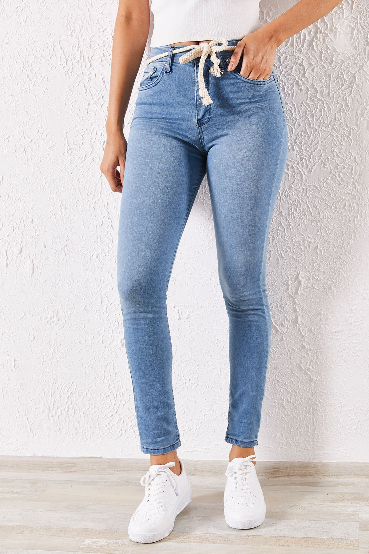 Kadın Likralı İp Bağcıklı Açık Mavi Kot Pantolon
