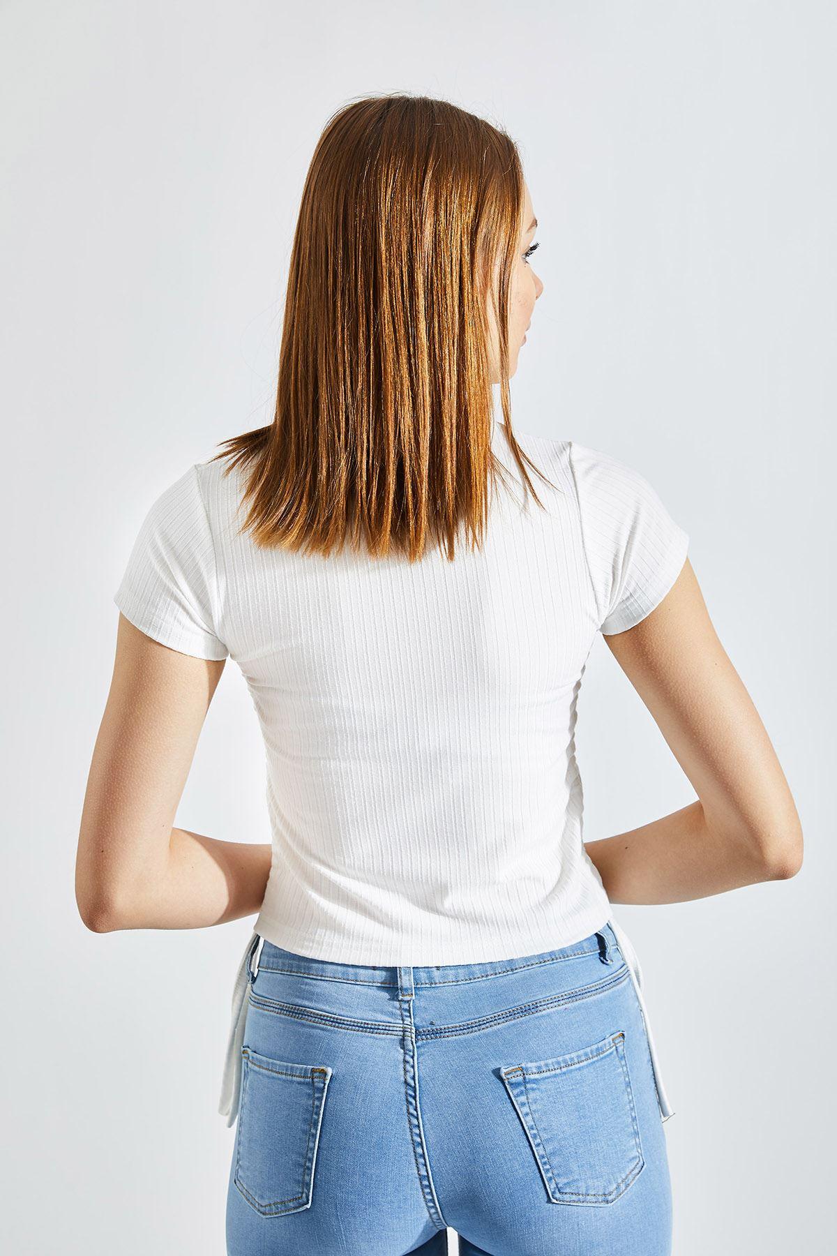 Kadın Yan Büzgü Kaşkorse Crop Krem Tişört