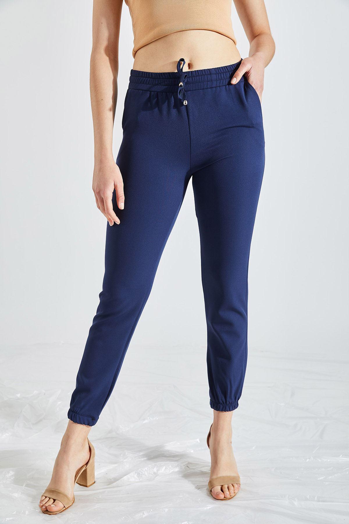 Kadın Bel Ve Paça Lastikli Lacivert Kumaş Pantolon