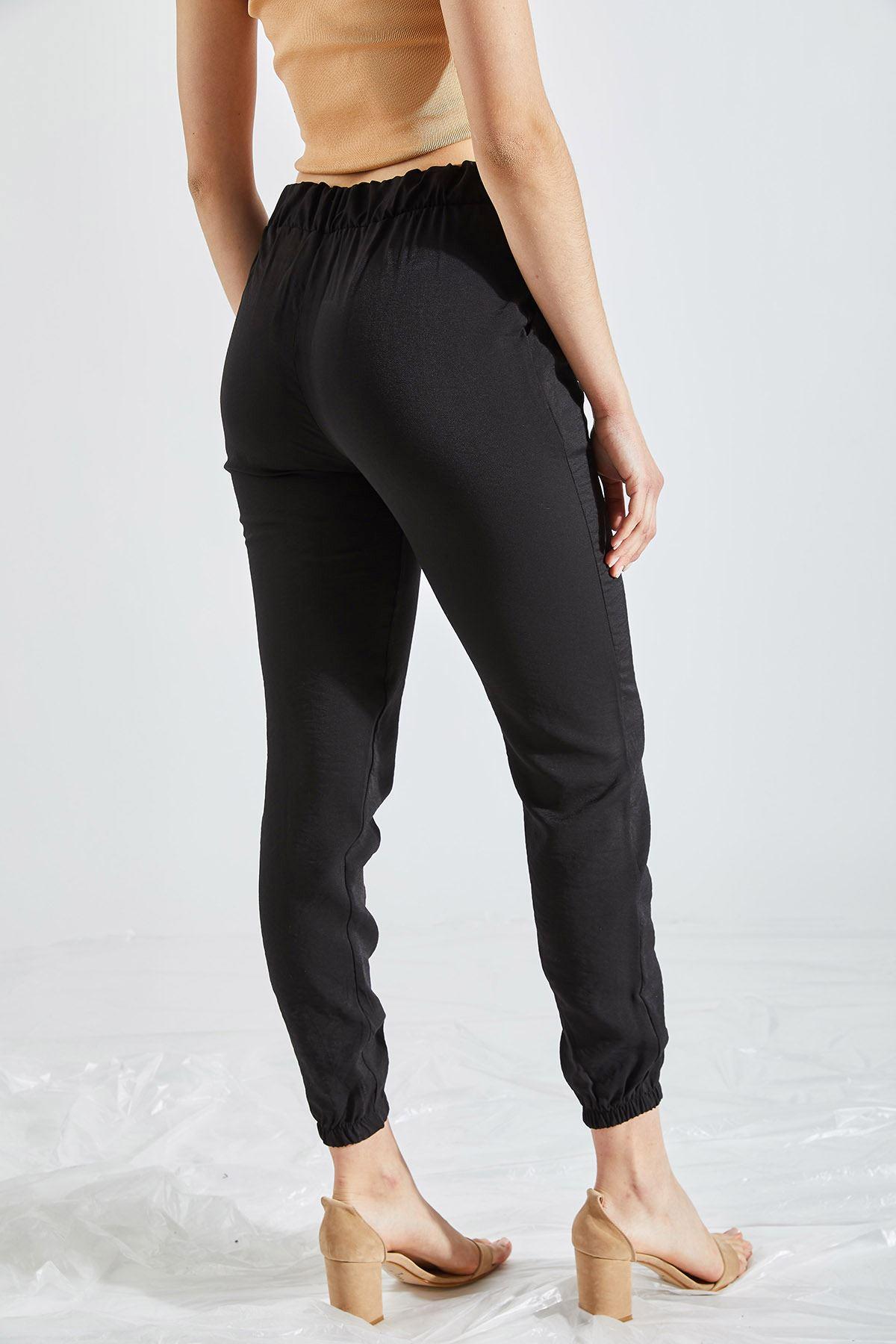 Kadın Cepli Siyah Pantolon