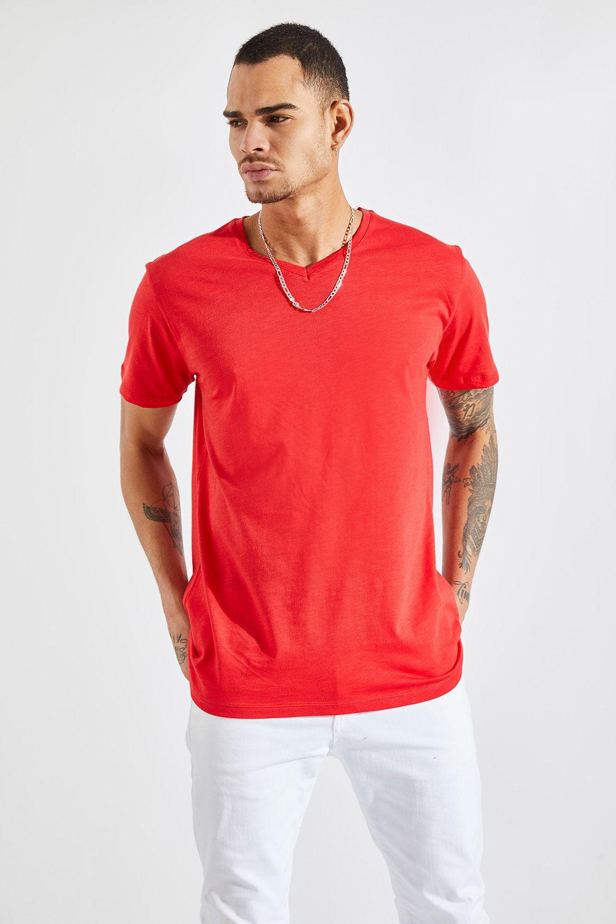 Erkek V Yaka Flamlı Kırmızı Tişört