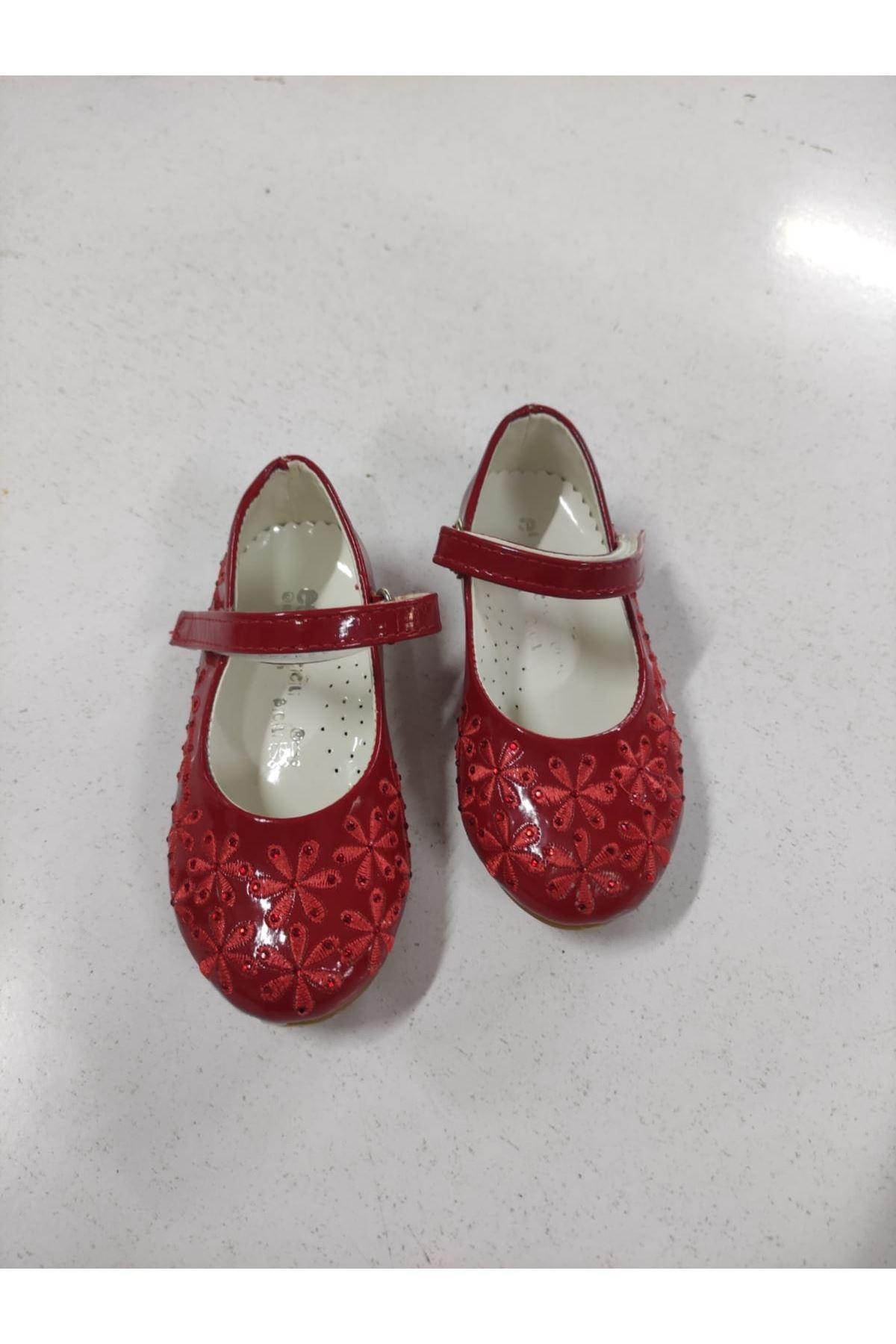 Çocuk Kırmızı Ayakkabı